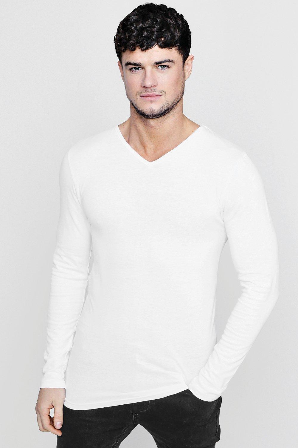 b4af0df0f Long Sleeve V-Neck T-Shirt in Muscle Fit