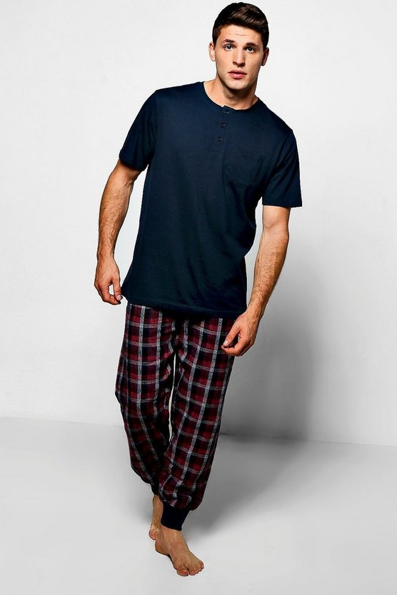 Pyjama Set with T-Shirt And Checked Jogger