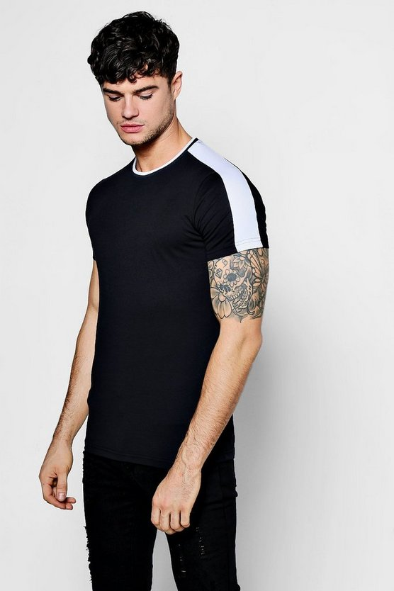 Retro Sports T-Shirt In Muscle Fit