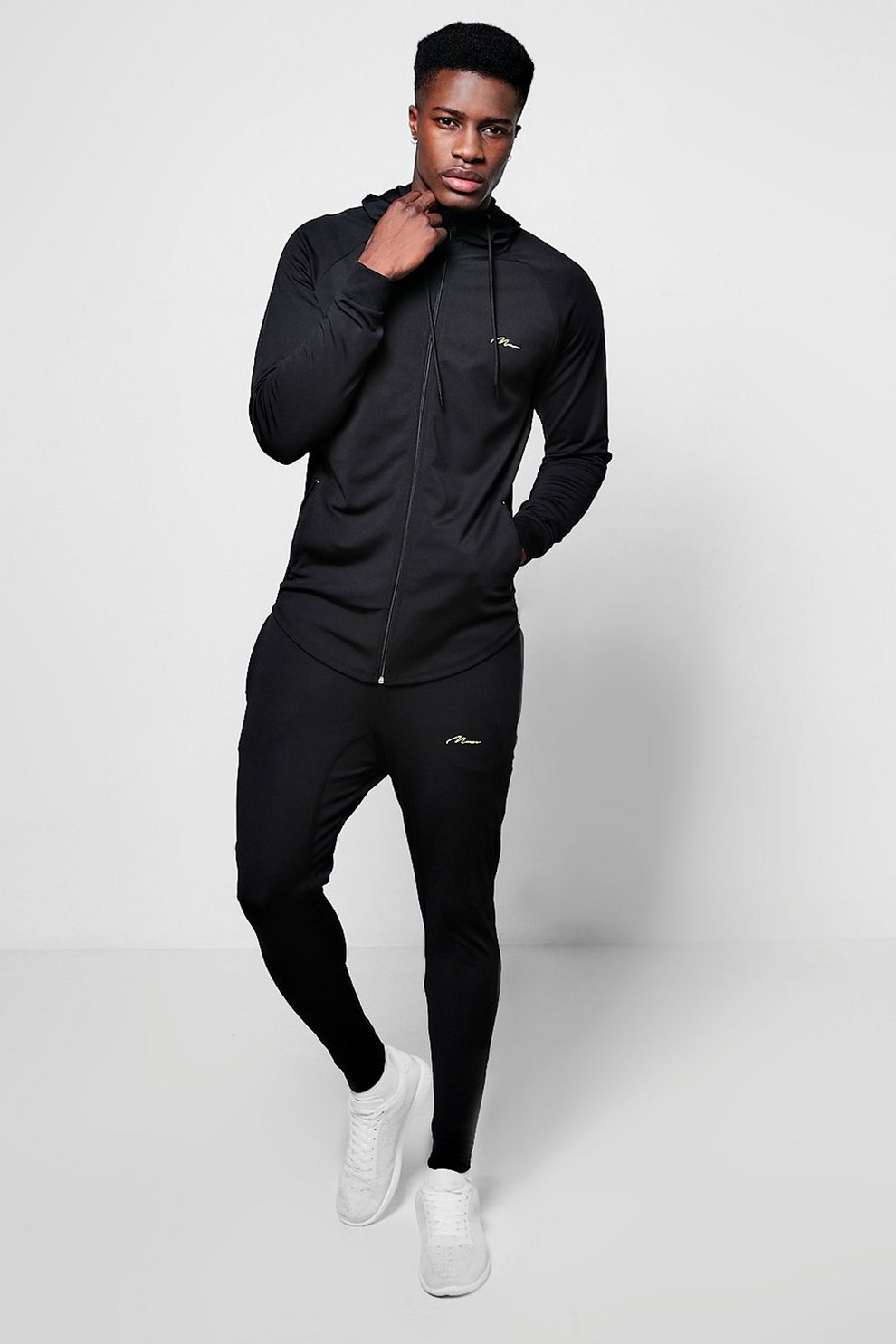4202100b10 Muscle Fit Man Poly Tracksuit | Boohoo