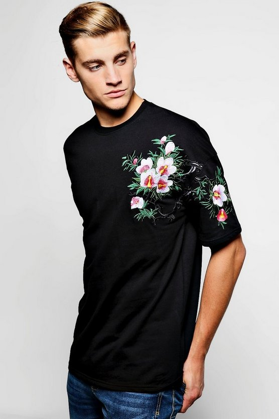 Floral Embroidered Short Sleeve Sweater