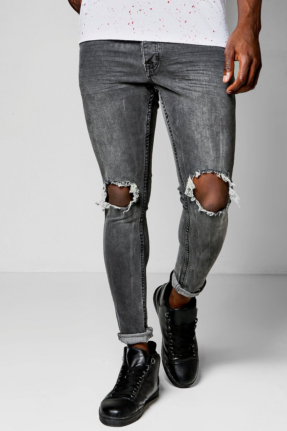 f743a1205e2b Skinny Fit Charcoal Jeans With Ripped Knees | Boohoo