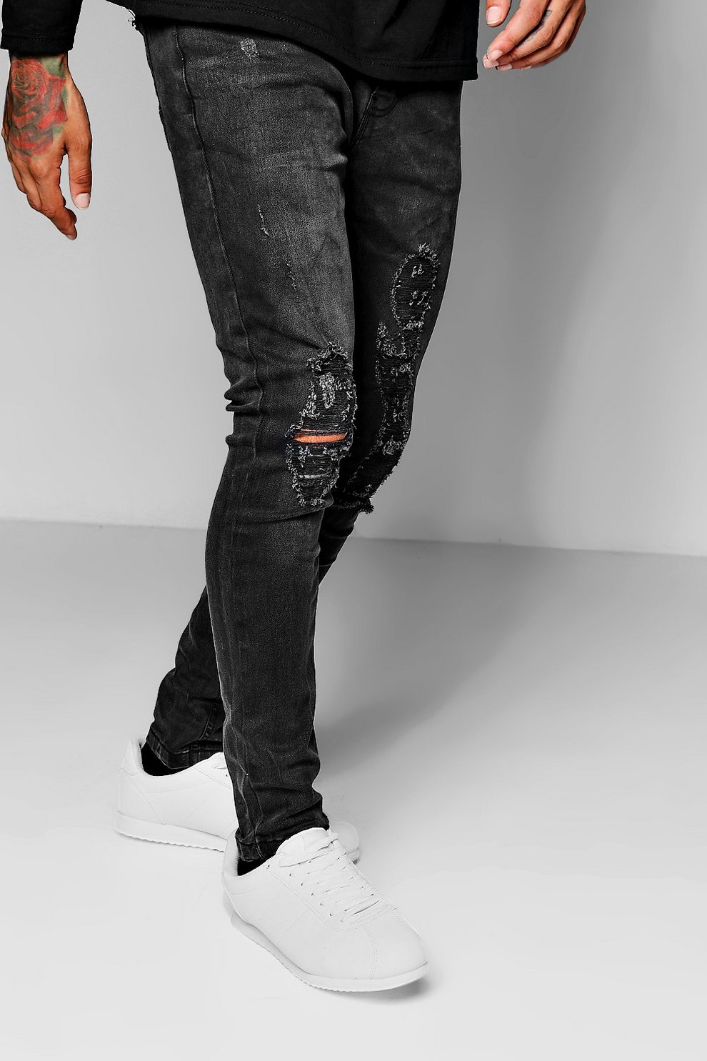 0a1ecbbd2df8 Charcoal Wash Skinny Fit Distressed Jeans | Boohoo