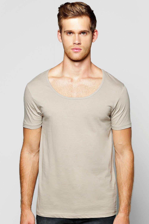 size 40 825a6 1ec59 Schlichtes T-Shirt mit U-Ausschnitt   Boohoo