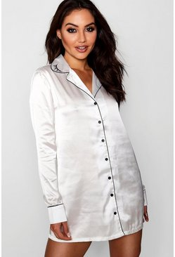 Womens Ivory Wink Embroidered Collar Nightshirt