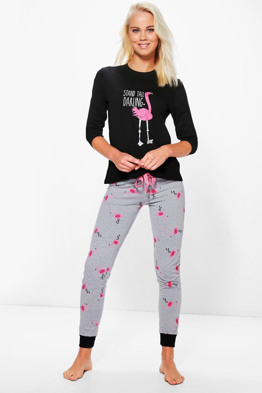 molto carino b46a0 f2528 set pigiama con pantaloni jogging e maglia a maniche lunghe con fenicotteri  | Boohoo