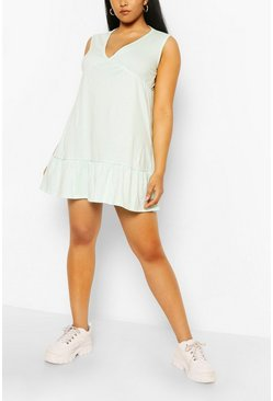 Mint Plus V Neck Ruffle Hem Shift Dress
