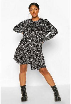 Black Plus Heart Ruffle Printed Smock Dress