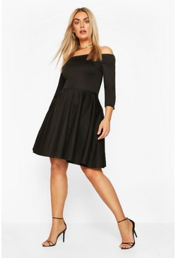 Black Plus 3/4 Sleeve Skater Dress