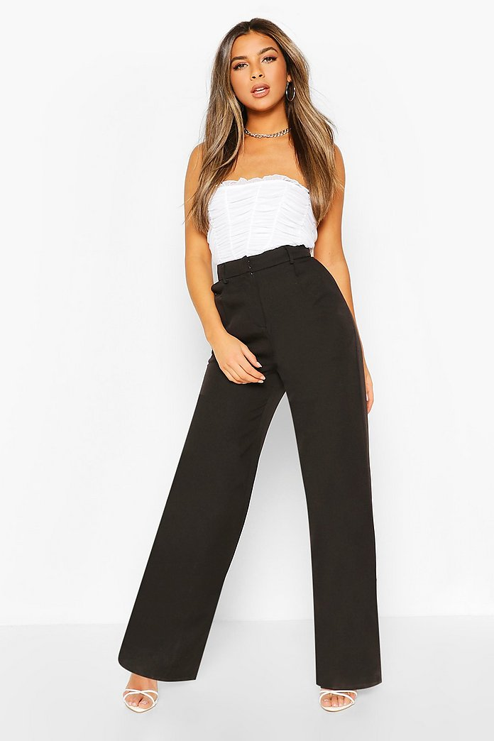 Petite Wide Leg Belted Tailored Trouser | boohoo