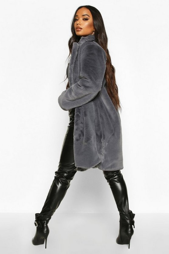 Petite Luxe Faux Fur Coat