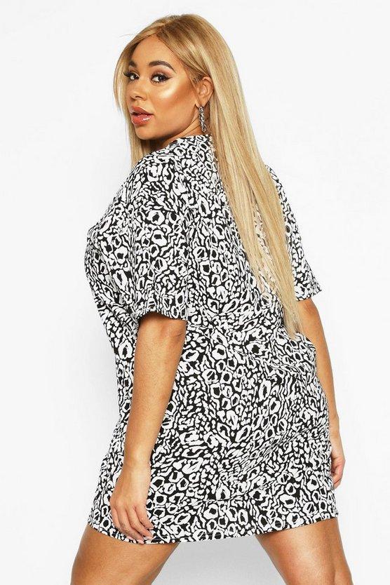 Plus Leopard Drop Shoulder T-shirt Dress