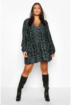 Womens Navy Plus Ditsy Floral V-Neck Tiered Smock Dress