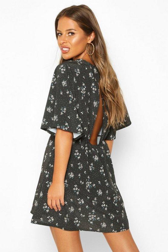 Petite Floral Angel Sleeve Skater Dress