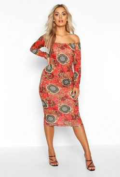 Red Plus Bardot Chain Print Long Sleeve Midi Dress