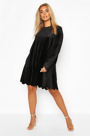 Black Plus Scallop Edge Velvet Shift Dress