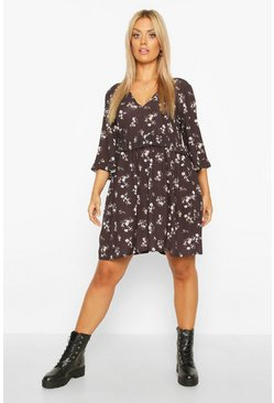 Womens Black Plus Floral Ruffle Smock Dress