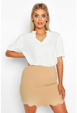 Camel Plus Woven Scallop Mini Skirt