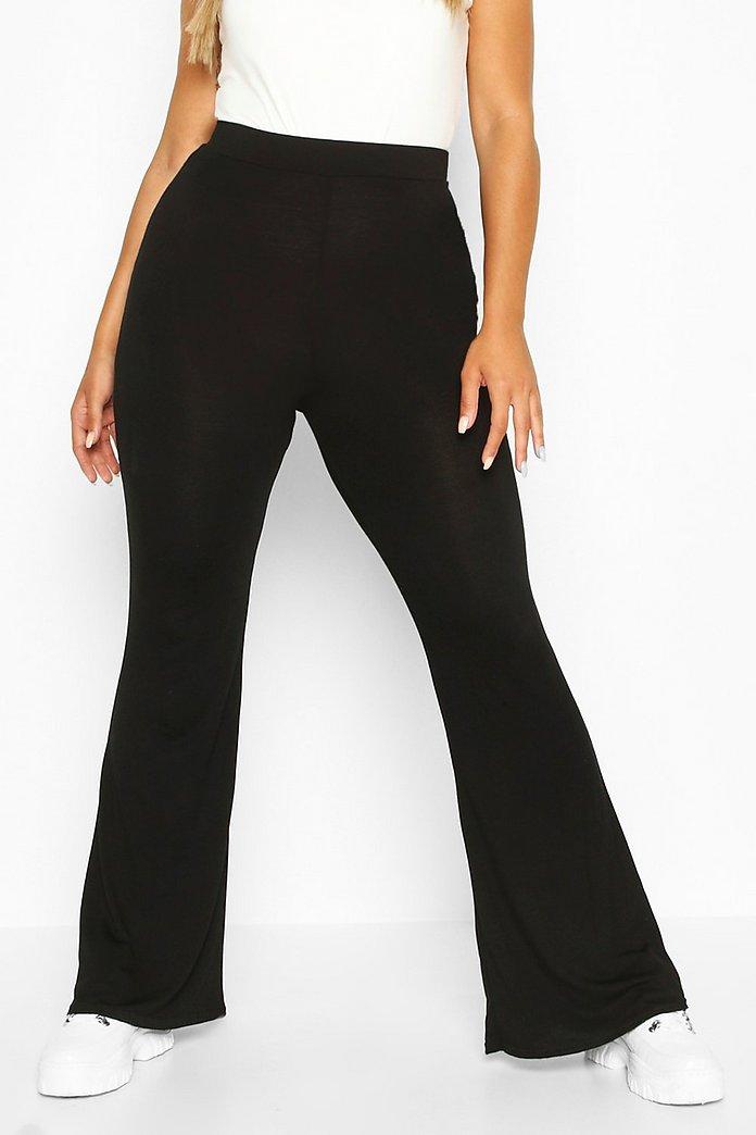 Pantaloni Plus basic a zampa d'elefante in jersey | boohoo