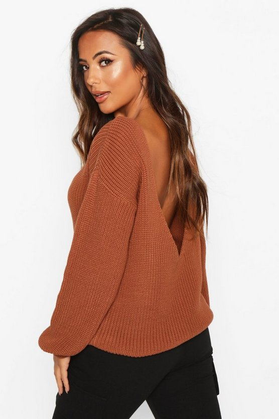 Petite V Back Oversized Jumper by Boohoo