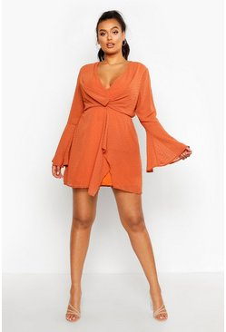 Womens Rust Plus Dobby Plunge Front Flared Sleeve Shift Dress