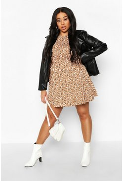 Dam Tan Plus Ditsy Floral Smock Dress