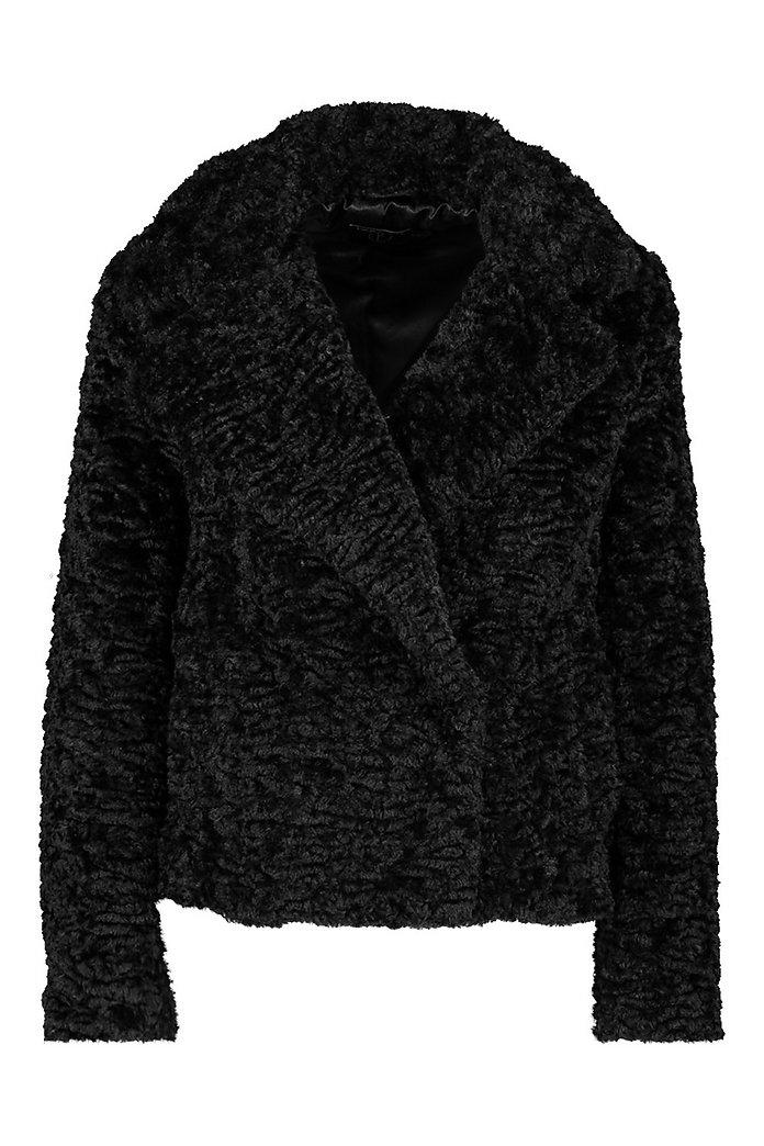 Kurze Petite Luxe Jacke aus Fake Fur | boohoo