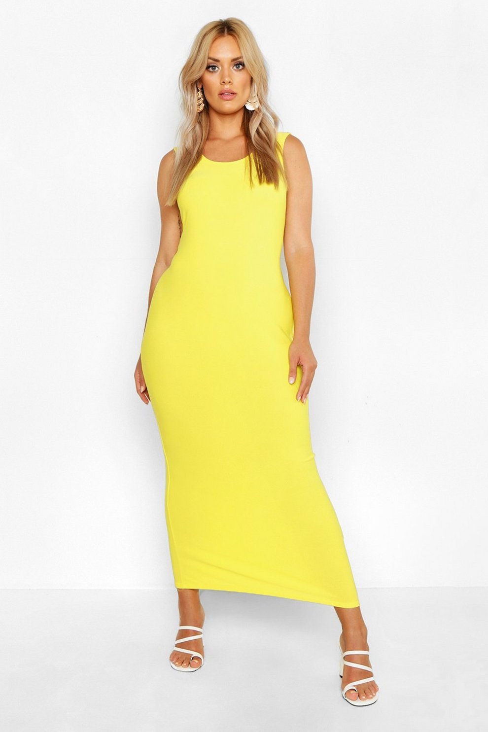4128f811e7 Plus Scoop Neck Maxi Dress | Boohoo