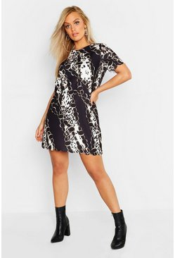 Womens Black Plus Chain Print Scallop Hem Shift Dress