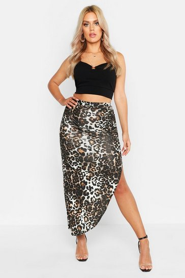 Womens Caramel Plus Ruched Jersey Leopard Print Maxi Skirt