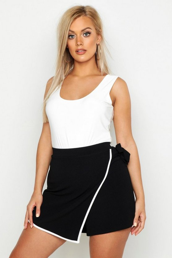 Black Plus Tie Side Asymetric Skort