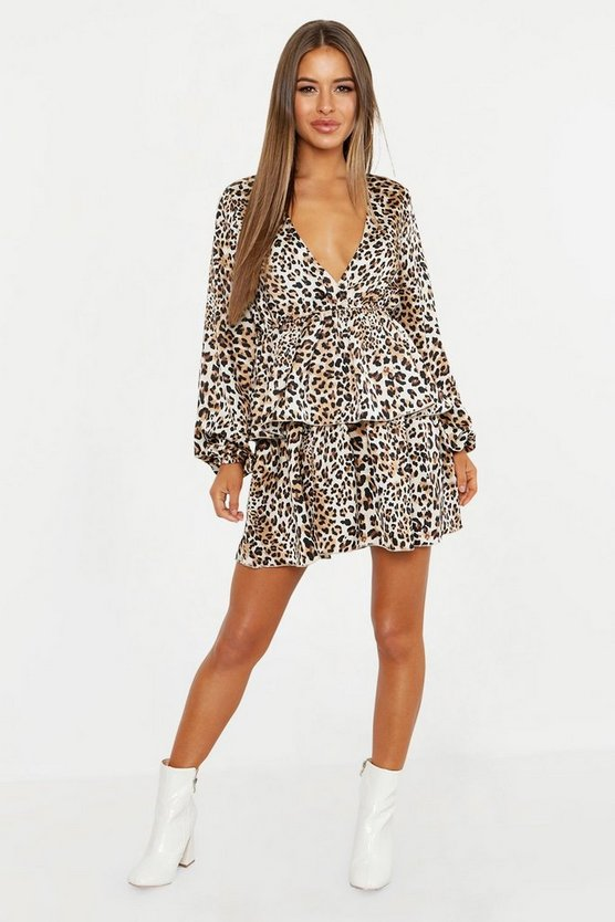 Womens Sand Petite Leopard Print Plunge Tiered Skater Dress