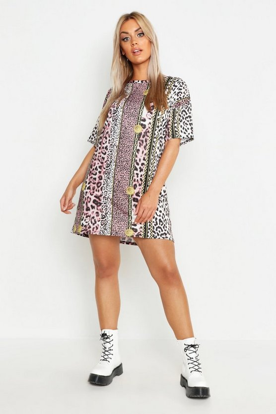 Plus Chain Print T-Shirt Dress