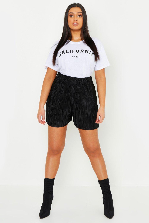 Plus Plisse Shorts