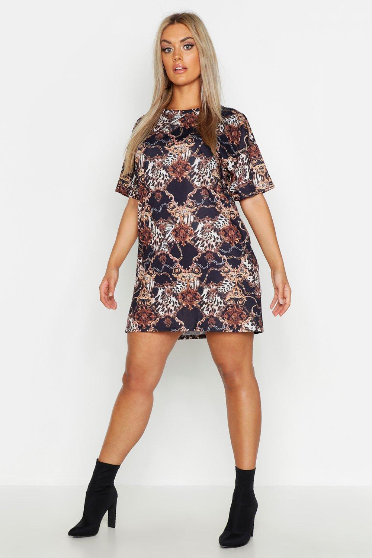 Plus Chain Printed T-Shirt Dress
