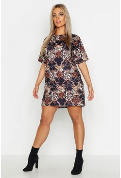 Womens Black Plus Chain Printed T-Shirt Dress