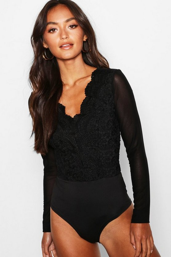 Black Petite Long Sleeve Scallop Edge Lace Bodysuit