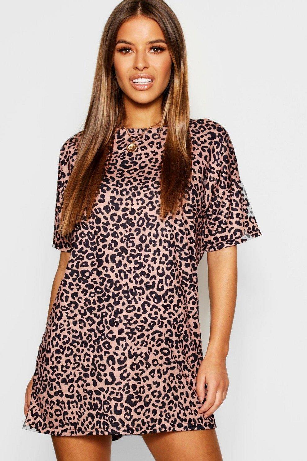 5809fa0e5069 Petite T-Shirt-Kleid mit Leopardenmuster