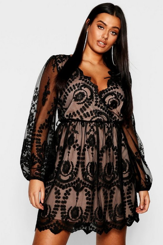 Womens Black Plus Lace Plunge Skater Dress