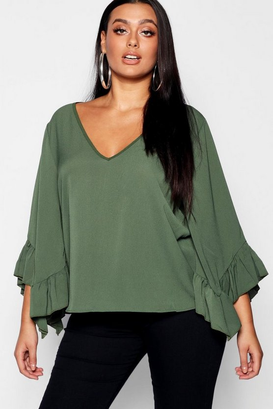 Plus Extreme Wide Sleeve Ruffle