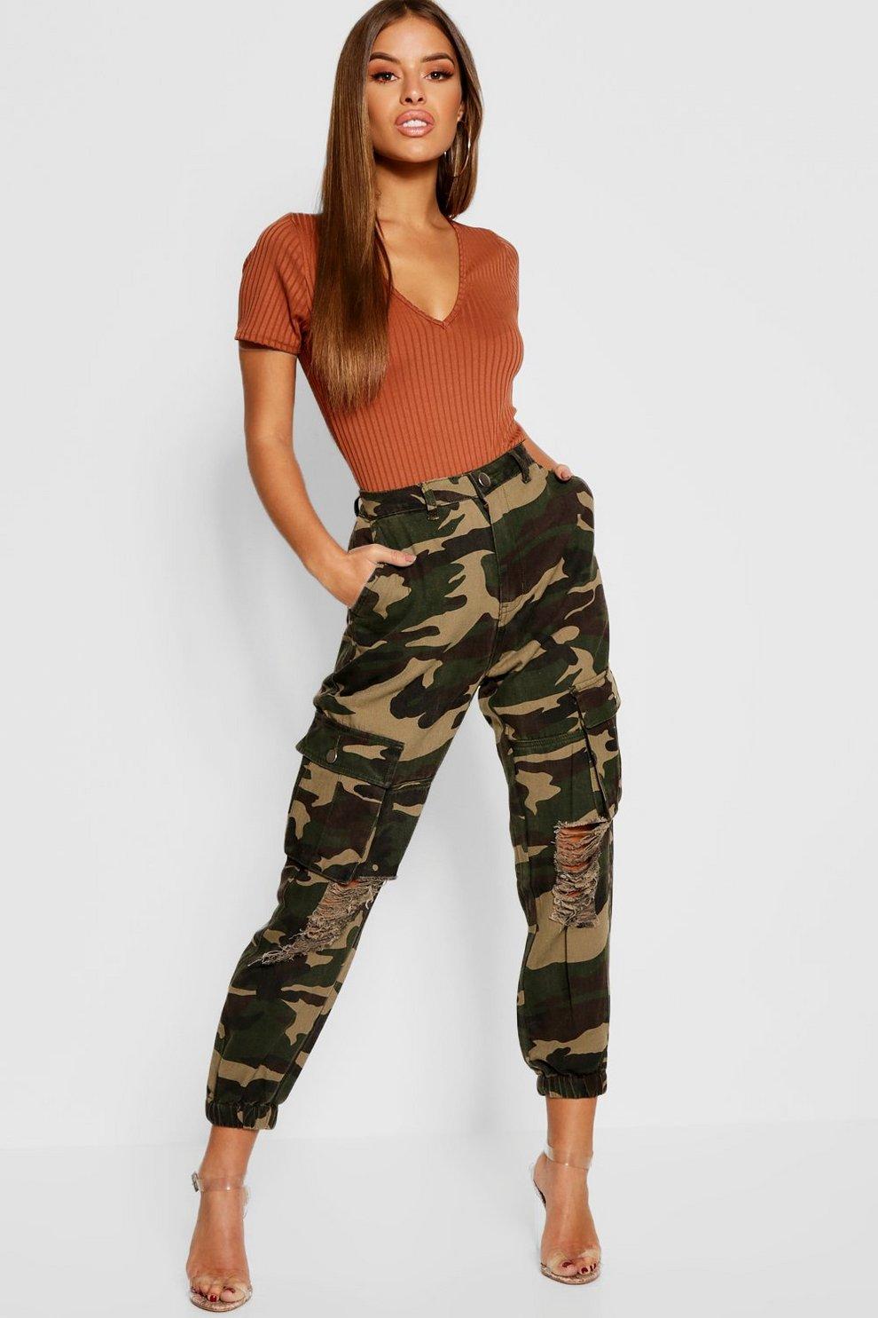 Petite Cargo Camouflage Boohoo Pantalon Pantalon Cargo Camouflage qnxwUCZaX
