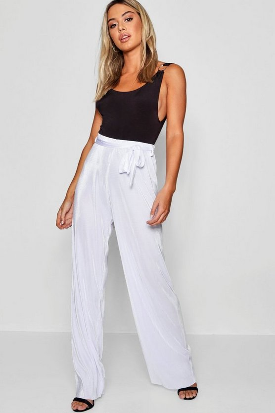 Petite Pleated Wide Leg Trouser