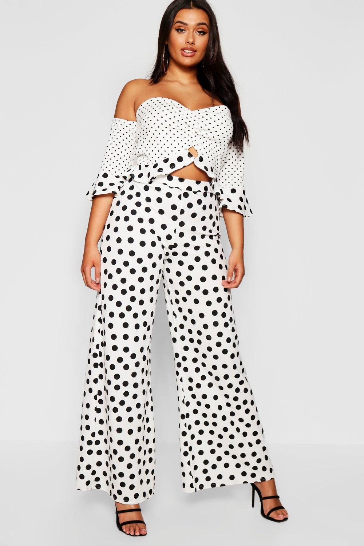 Boohoo 2019 New Conjunto de pantalones y top corto estilo Bardot a lunares Plus Boohoo - Ropa boohoo plus y curve Comprar WZBKQFE