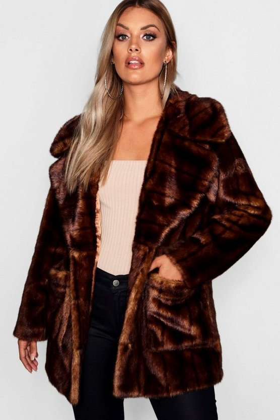 Plus Oversized Collar Faux Fur Coat