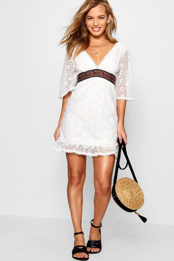 Womens Ivory Petite Lace Embroidered Flare Sleeve Dress