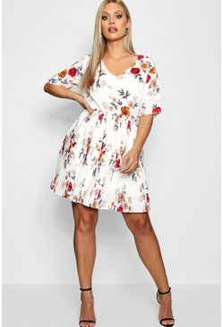Womens White Plus Floral Pleated Skater Dress