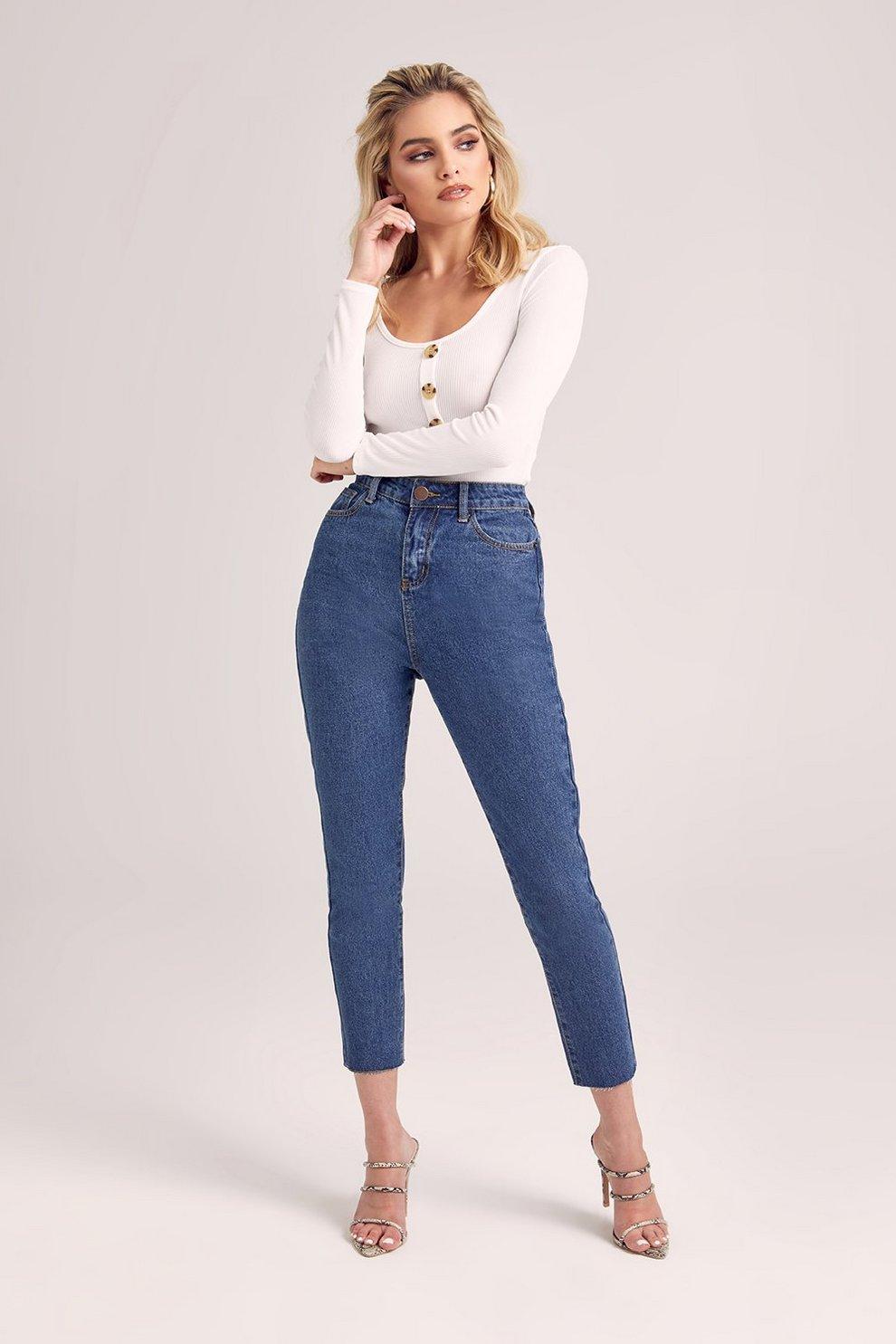 dae3f79216 Petite Straight Leg Frayed Hem Jeans
