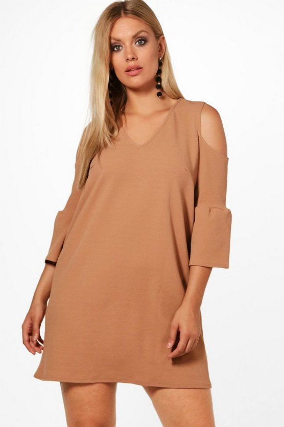 Plus Nancy Open Shoulder Crepe Shift Dress
