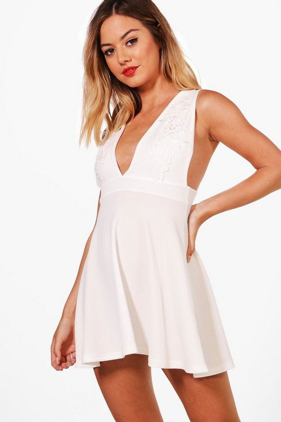 Petite Plunge Crepe Applique Skater Dress