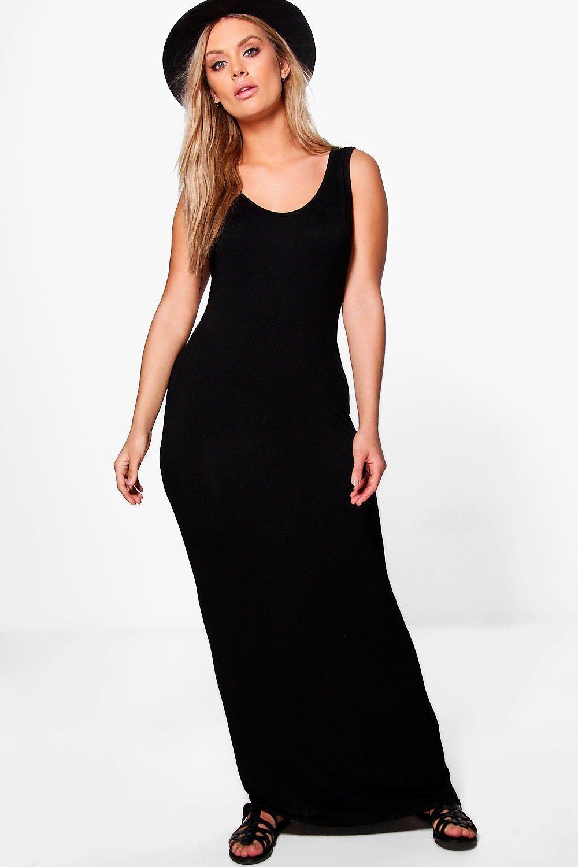 Plus Scoop Neck Maxi Dress